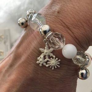Jewelry - Snowflake Charms Stretch Bracelet Winter Christmas
